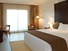 deluxe_room_-_king_size_bedbe2062